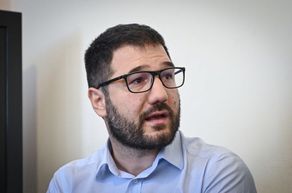 Ηλιόπουλος: Ο κ. Μητσοτάκης υιοθετεί τις συκοφαντίες Ρωμανού ή θα τον αποπέμψει;