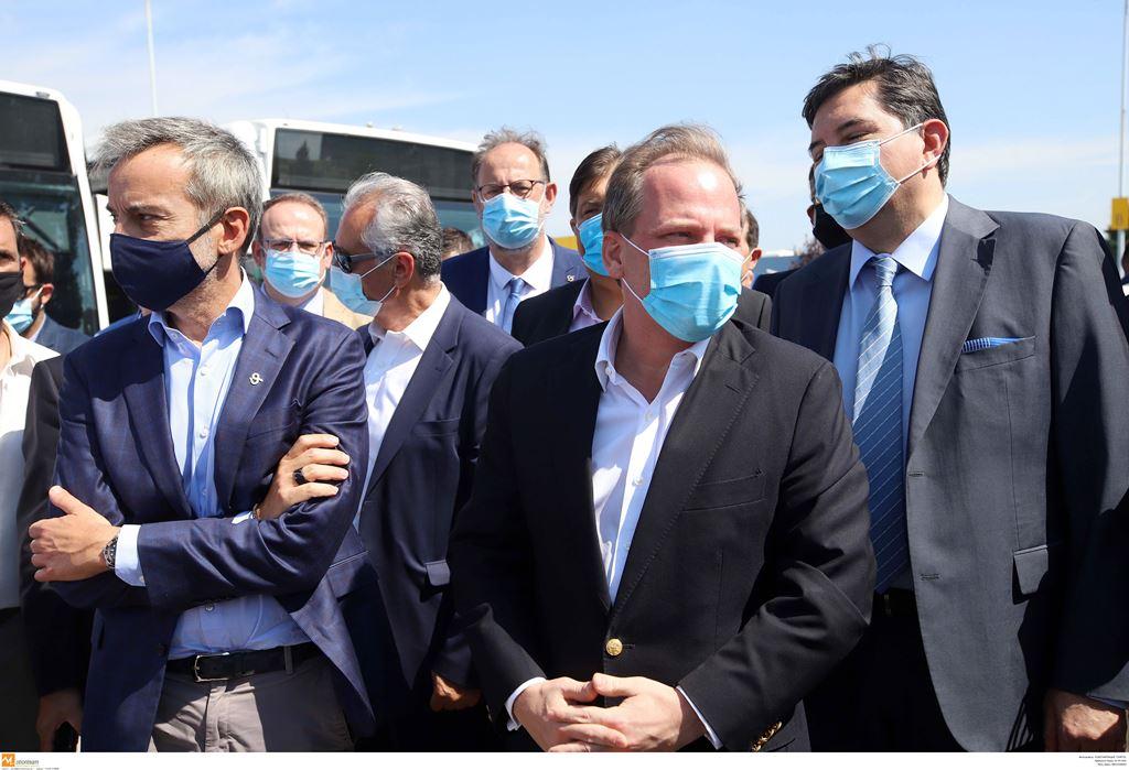 Θεσσαλονίκη: Τα λεωφορεία-σαπάκια από τη Λειψία με χαμάμ και σάουνα που βγάζουν σπίθες!