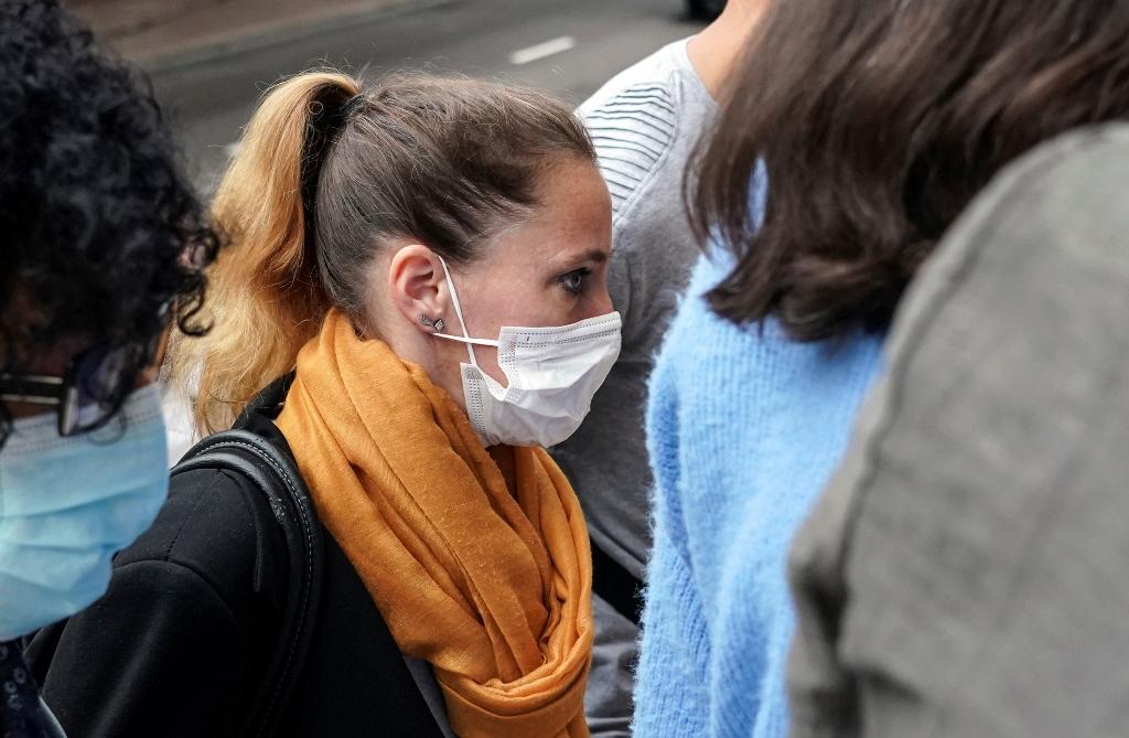 Γαλλία: «Επιείκεια» ζήτησε ο εισαγγελέας για τη Βαλερί Μπακό για τον φόνο του βασανιστή-πατριού και κατόπιν συζύγου της