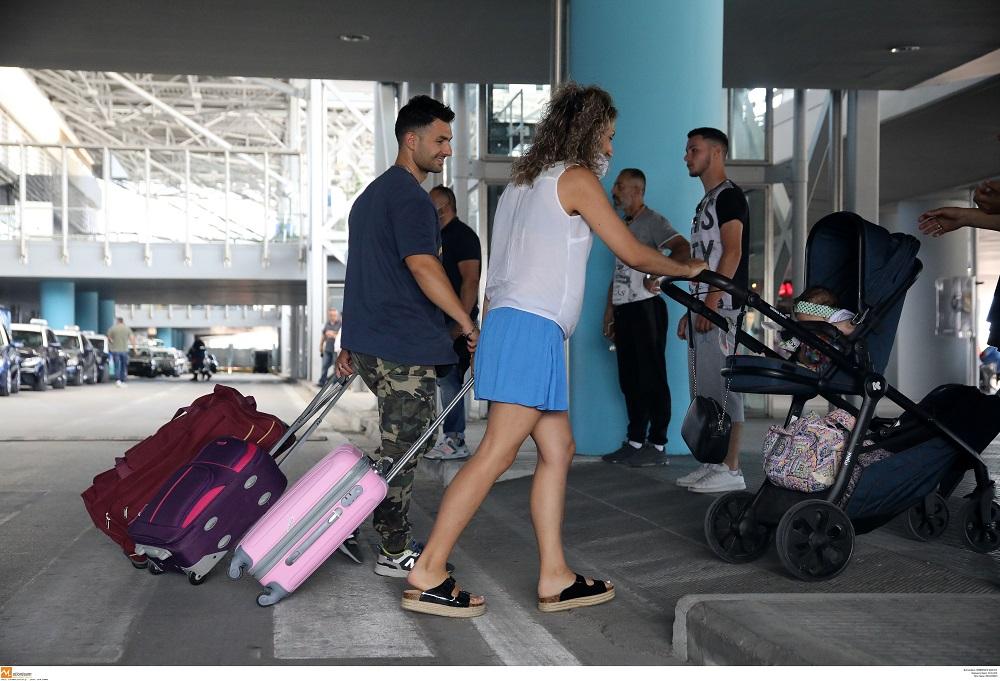 ΥΠΑ: Τι αλλάζει με τη βεβαίωση νόσησης στις αεροπορικές μετακινήσεις εσωτερικού και εξωτερικού