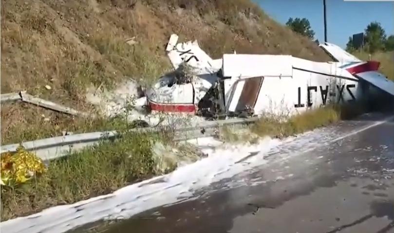 Πύργος: Δύο νεκροί μετά την πτώση μικρού αεροσκάφους (Video)