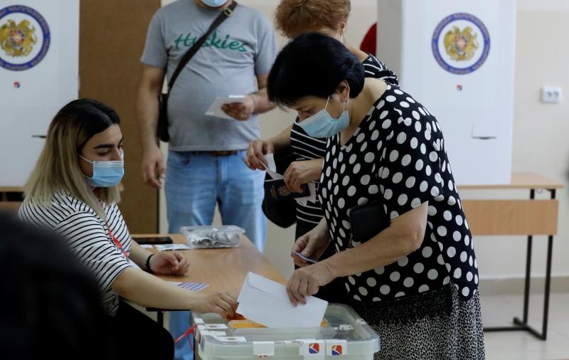 Πρόωρες βουλευτικές εκλογές σήμερα στην Αρμενία