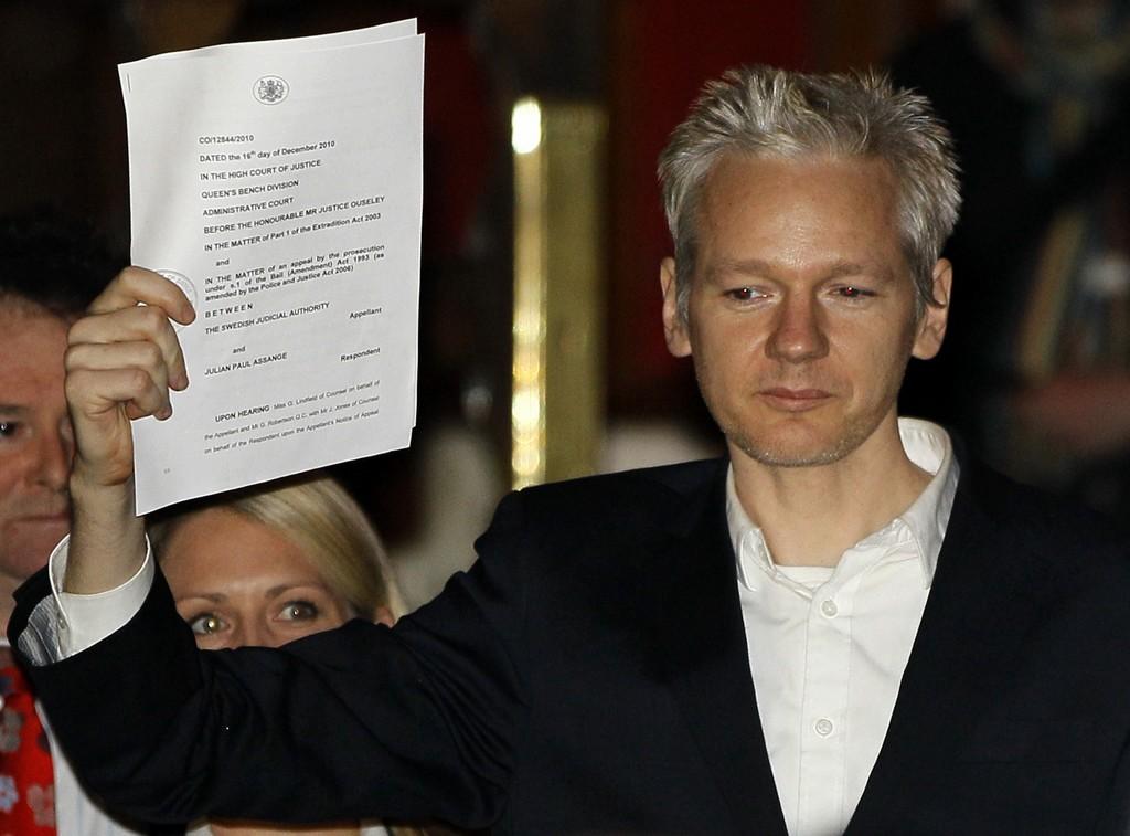 Διαδικτυακή εκδήλωση – συζήτηση με τίτλο: Julian Assange – Θύμα βασανιστηρίων