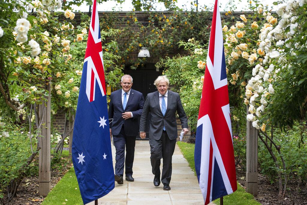 Βρετανία και Αυστραλία ανακοίνωσαν συμφωνία ελεύθερου εμπορίου στον απόηχο του Brexit