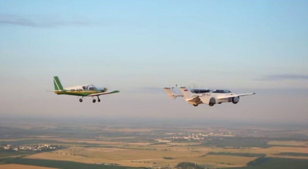 Ιπτάμενο αυτοκίνητο ολοκλήρωσε δοκιμαστική πτήση μεταξύ αεροδρομίων (Video)