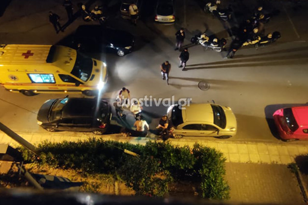 Θεσσαλονίκη: Άγριο επεισόδιο τα μεσάνυχτα στη Ν. Ευκαρπία – Έκαψαν 19χρονο με πυρσό