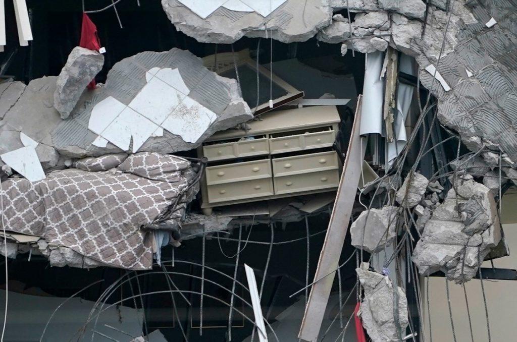 Φλόριντα: Στους 99 οι αγνοούμενοι μετά την κατάρρευση κτιρίου