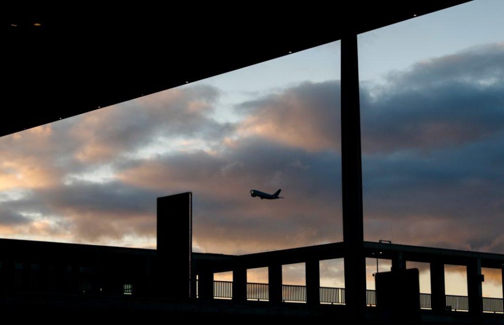 Γερμανία: Άρχισε ξανά η αεροπορική σύνδεση με τη Ρωσία
