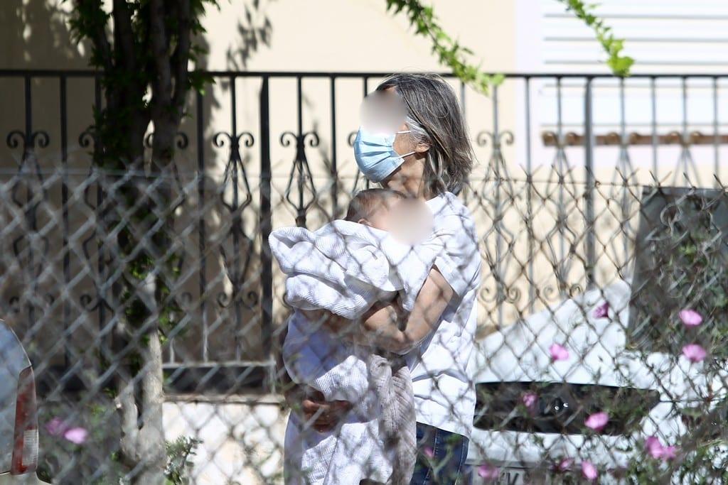 Γλυκά Νερά: Η Εισαγγελία Ανηλίκων θα αποφασίσει για την επιμέλεια της κόρης της Καρολάιν