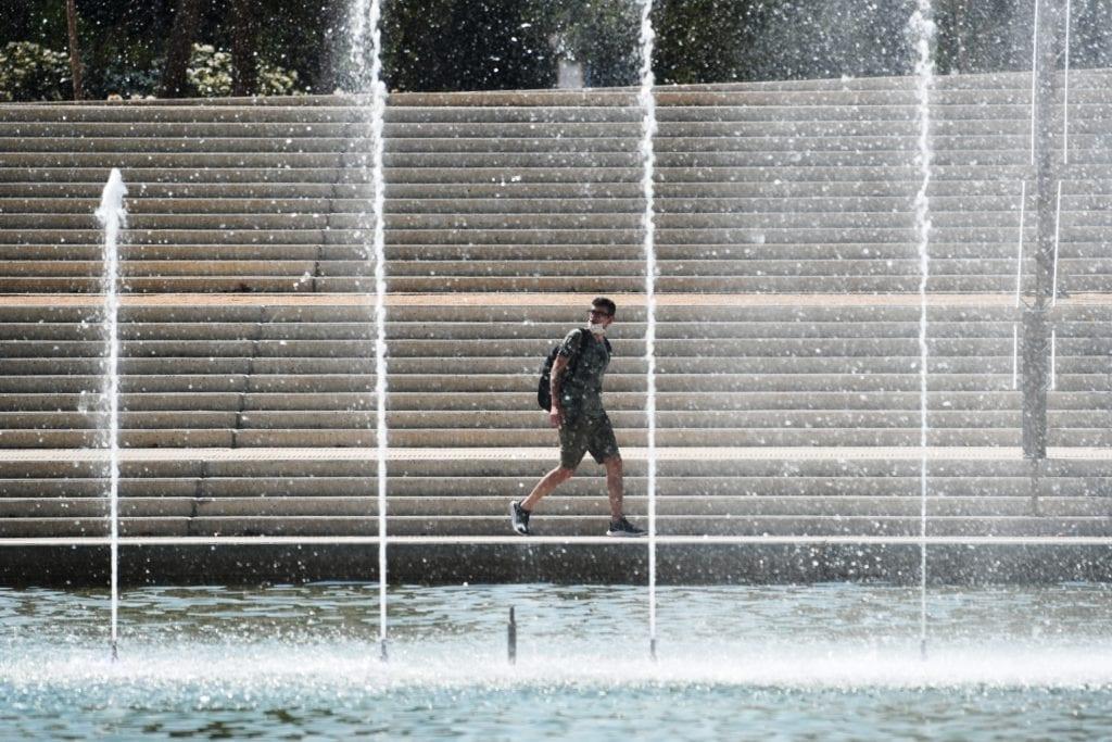 ΣΥΡΙΖΑ για καύσωνα: Αφού ειρωνεύτηκαν την κυβέρνηση την πρόταση των ειδικών, παίρνουν δήθεν μέτρα