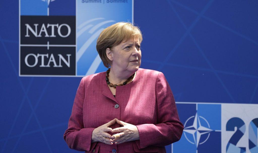 Μέρκελ: Χρειάζεται σωστή ισορροπία από το ΝΑΤΟ στην αντιμετώπιση της Κίνας