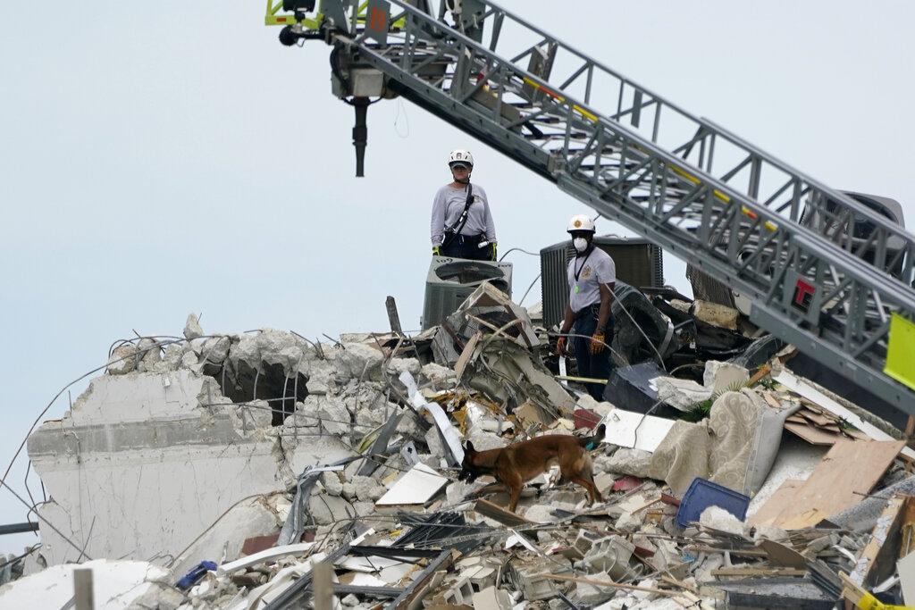 Φλόριντα: Τουλάχιστον 4 νεκροί και 159 αγνοούμενοι από την κατάρρευση του κτιρίου