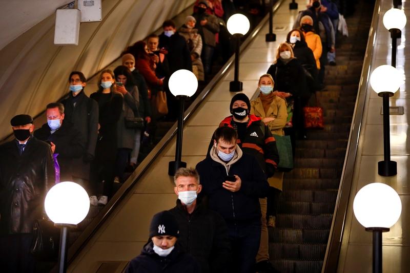 Ρωσία: Πενθήμερη αργία στη Μόσχα, για να καταπολεμηθεί ο κορονοϊός