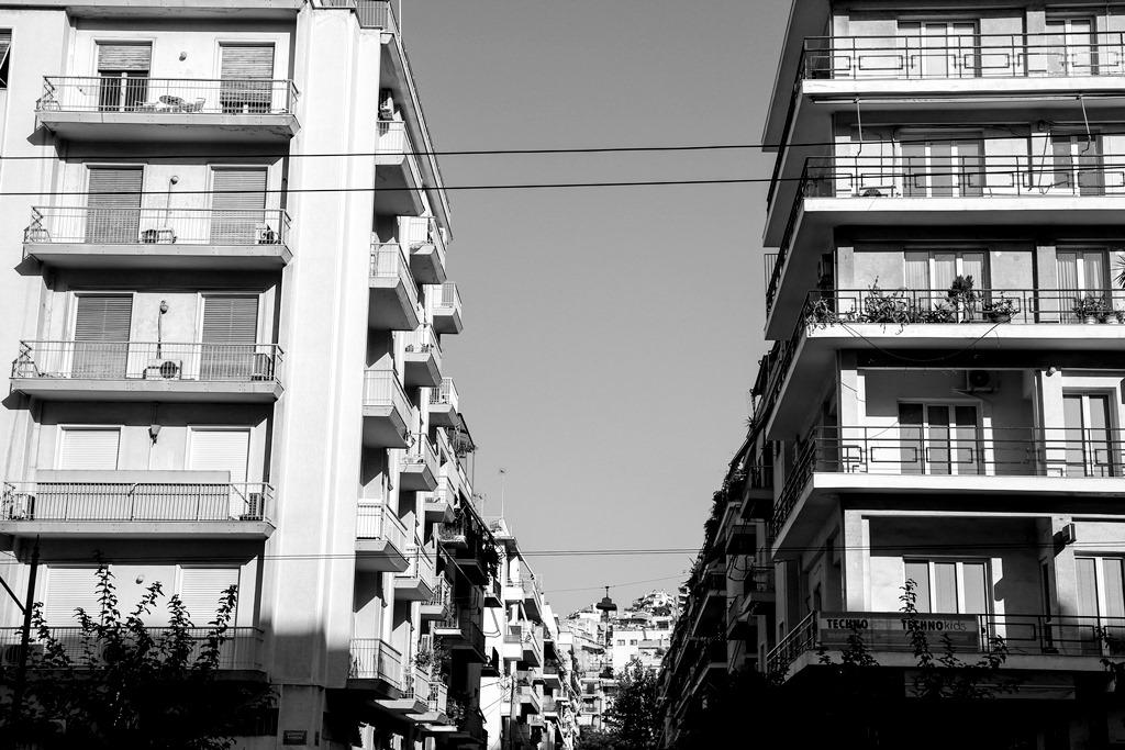 Αποχή από πλειστηριασμούς ευάλωτων νοικοκυριών αποφάσισαν οι δικηγόροι Αθηνών