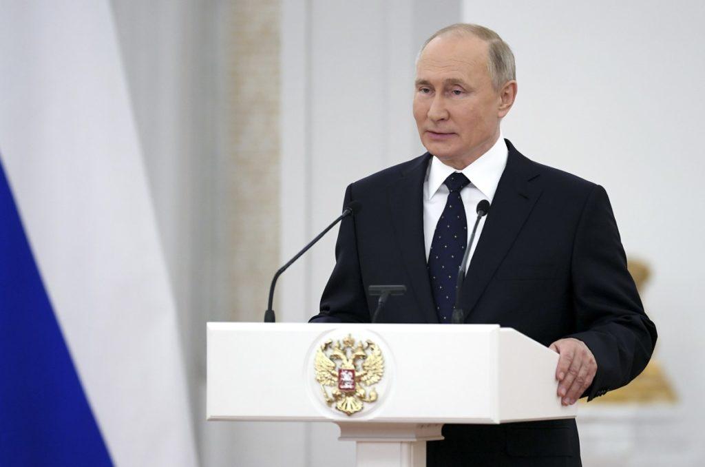 Ρωσία: Προειδοποιήσεις Πούτιν για την επιδείνωση της επιδημιολογικής κατάστασης σε περιοχές της χώρας
