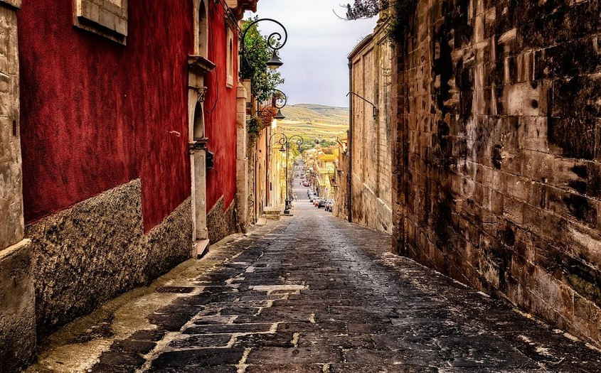 Ιταλία: Στο «κόκκινο» ο υδράργυρος στη Σικελία