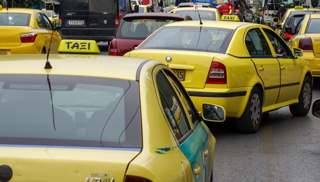 Αναβολή στη δίκη του ηθοποιού που καταγγέλλεται ότι βίασε οδηγό ταξί