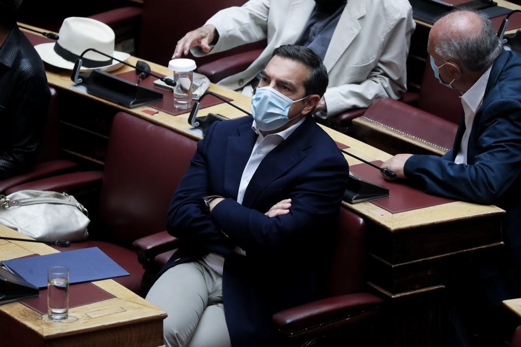 Τσίπρας: Ο Σαμαράς έκλεινε τα μικρόφωνα της ΕΡΤ και ο Μητσοτάκης της Βουλής