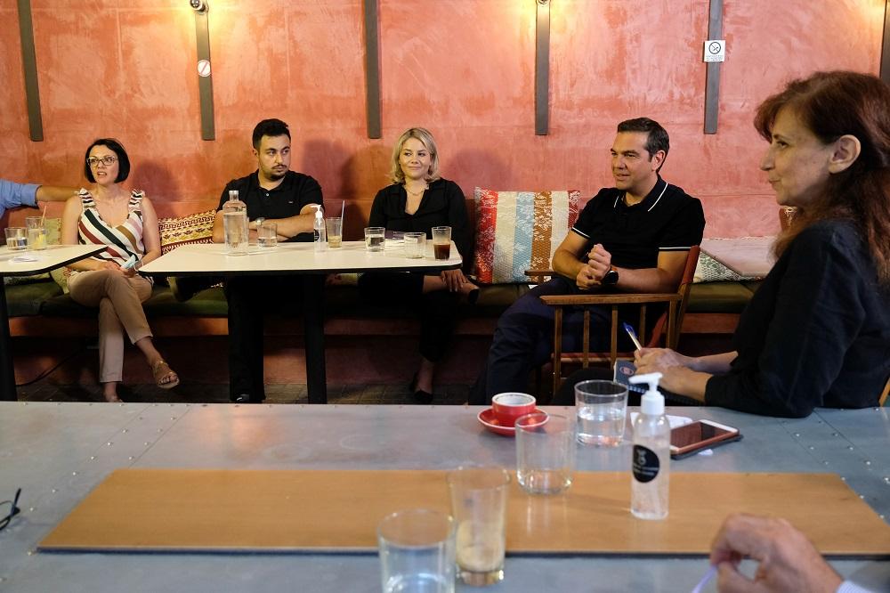 Τσίπρας: Τέρμα η άμυνα – Να περάσουμε στην αντεπίθεση στηρίζοντας τους εργαζόμενους (Video)
