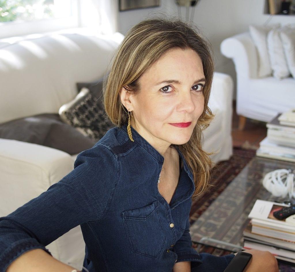 Αμάντα Μιχαλοπούλου: «Το γράψιμο είναι η πιο γλυκιά μοναξιά»