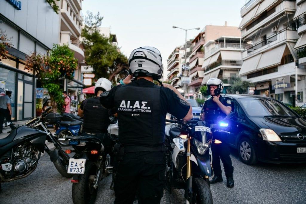 Καισαριανή: Ένοπλη ληστεία σε σούπερ μάρκετ – Ένας τραυματίας (Photos)