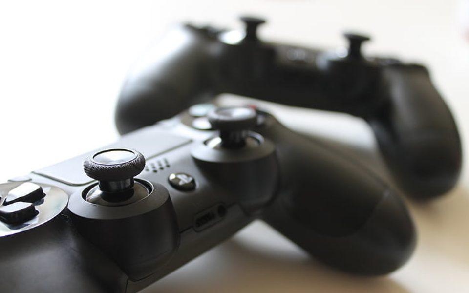 Οι 3+1 gaming κονσόλες για να «λιώσεις» στο διπλό με την παρέα σου!