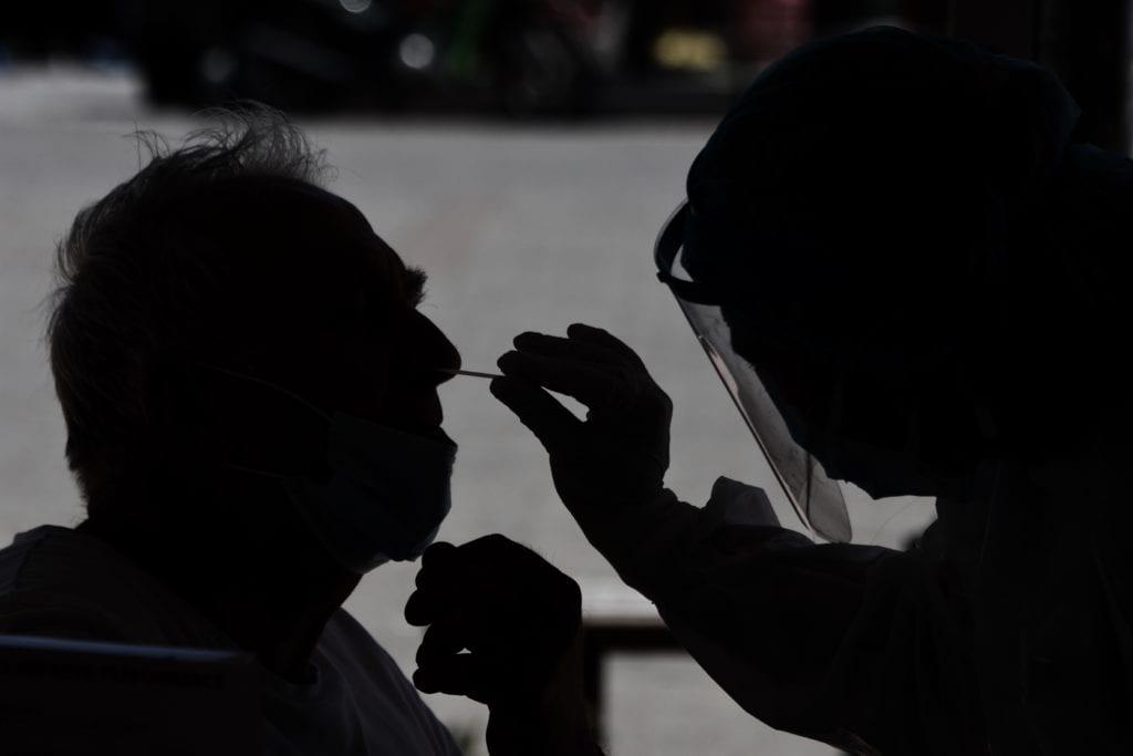 «Καμπανάκι» Σαρηγιάννη για τη μετάλλαξη «Δέλτα»: Κίνδυνος για 2.000 κρούσματα μ.ο τέλη του μήνα (Video)