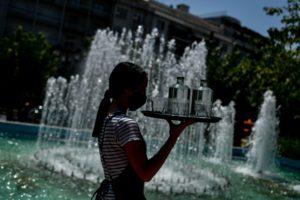 Καύσωνας: Έρχονται έκτακτα μέτρα για τους εργαζόμενους