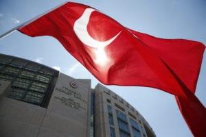 Toυρκία: Τριπλασιάστηκαν τα κρούσματα κορονοϊού μέσα σε τρεις εβδομάδες