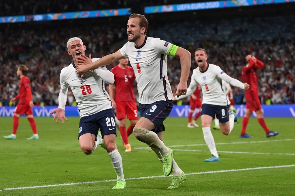 Euro 2020: Με πέναλτι δώρο η Αγγλία στον τελικό, 2-1 την Δανία