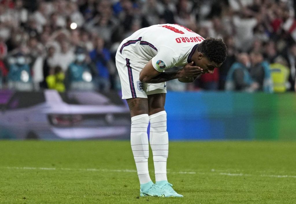 Εθνική Αγγλίας: Ρατσιστική επίθεση στους τρεις παίκτες που έχασαν πέναλτι στον τελικό