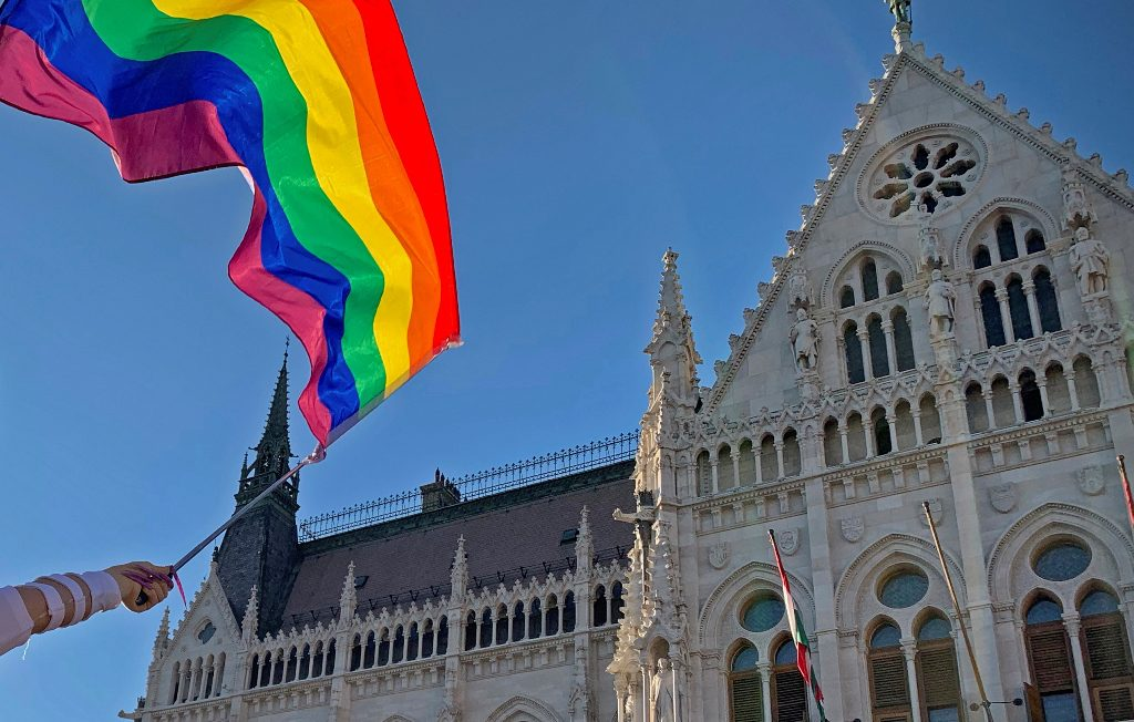 Ουγγαρία: Επιμένει ο Ορμπάν για δημοψήφισμα σχετικά με τα δικαιώματα της κοινότητας ΛΟΑΤΚΙ