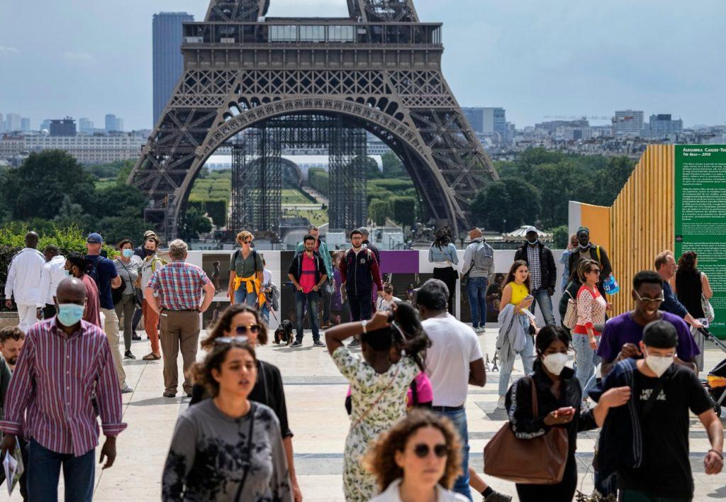 Γαλλία: Oι κοινωνικοί εταίροι ανησυχούν για το πράσινο πάσο