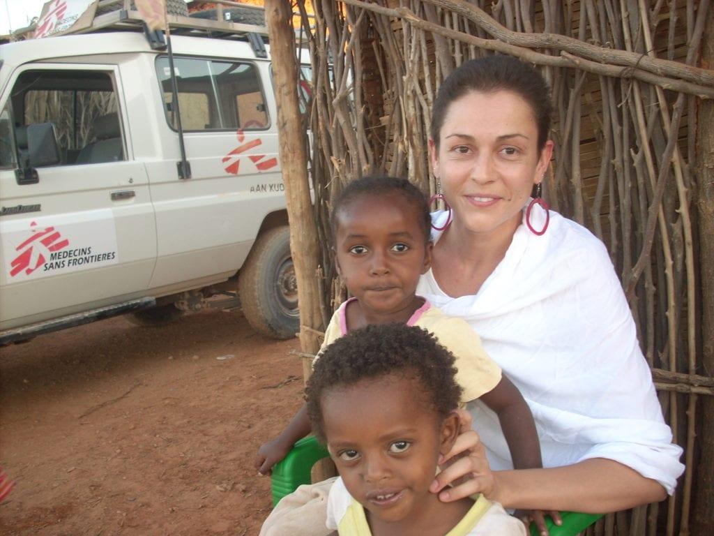Αγγελική Τσέκερη: Είμαστε οι γιατροί της ελπίδας για χιλιάδες