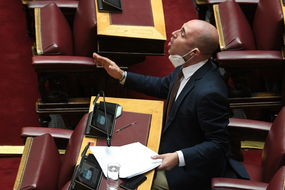 O Mπογδάνος «έκανε τα δέοντα» για να ακυρώσει απόφαση της Κατερίνας Σακελλαροπούλου!