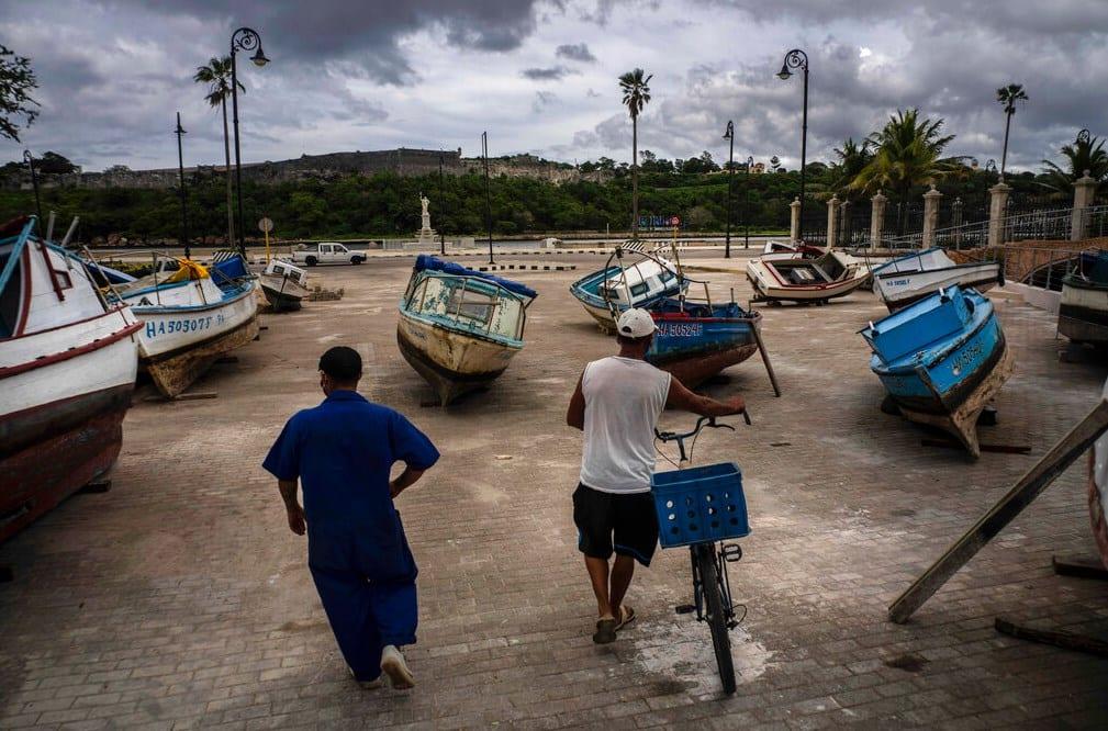 Συναγερμός στην Κούβα λόγω της καταιγίδας «Έλσα»