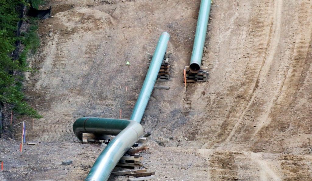 Ελλάδα και Βόρεια Μακεδονία υπογράφουν συμφωνία για τον αγωγό φυσικού αερίου