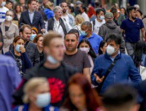 Γερμανία: «Μη ρεαλιστική» η ανοσία της αγέλης έως το φθινόπωρο, αν δεν αυξηθούν οι εμβολιασμοί