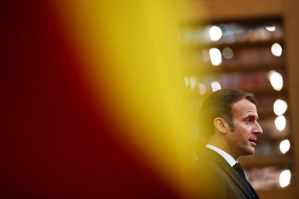 Γαλλία: Η κυβέρνηση καταδικάζει την κατασκοπεία σε βάρος δημοσιογράφων