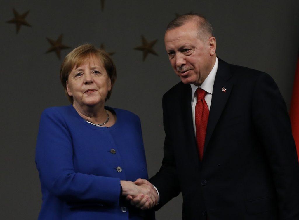 Μέρκελ: «Δεν βλέπω ένταξη της Τουρκίας στην ΕΕ, αλλά επιθυμώ καλές σχέσεις με την Άγκυρα»