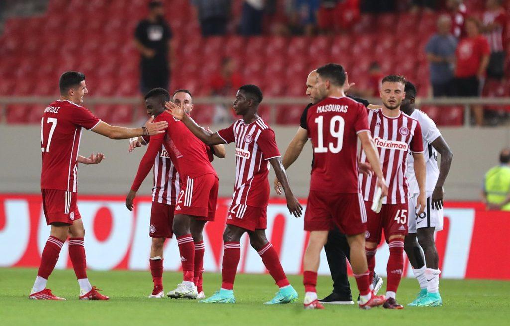 Ολυμπιακός: Δύσκολη νίκη, 1-0 επί της Νέφτσι, αποβλήθηκε ο σκόρερ Καμαρά