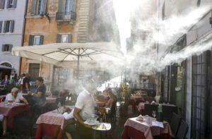 Καύσωνα με 47άρι περιμένουν το Σαββατοκύριακο στη Νότια Ιταλία