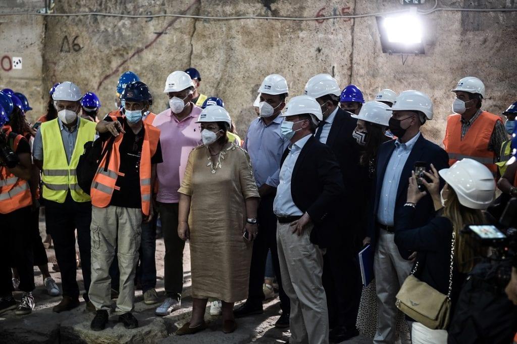 Παππάς- Γιαννούλης: «Μητσοτάκης, Καραμανλής και Μενδώνη υπεύθυνοι για το έγκλημα της απόσπασης των αρχαίων από το μετρό Θεσσαλονίκης»