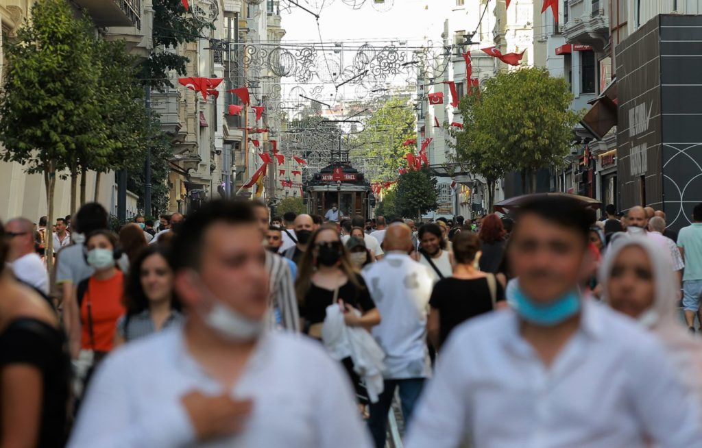 Τουρκία: Πάνω από 20.000 νέα κρούσματα κορονοϊού το τελευταίο 24ωρο