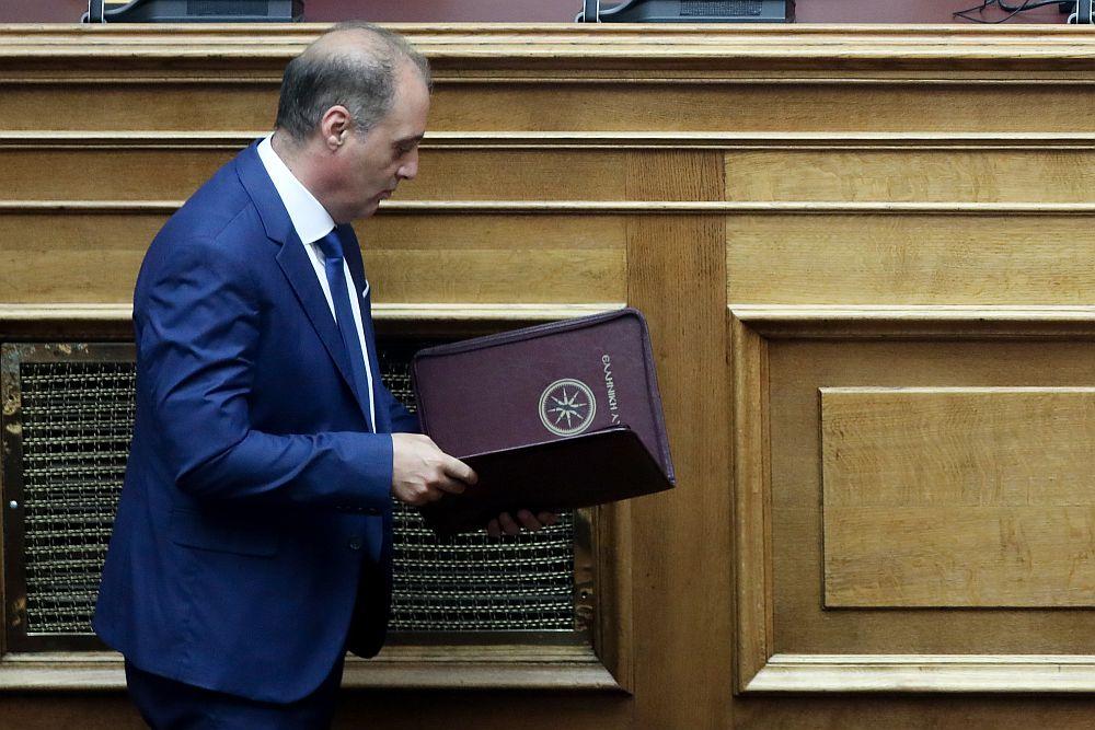 Ο Βελόπουλος ζήτησε να αρθεί η ασυλία του (Video)