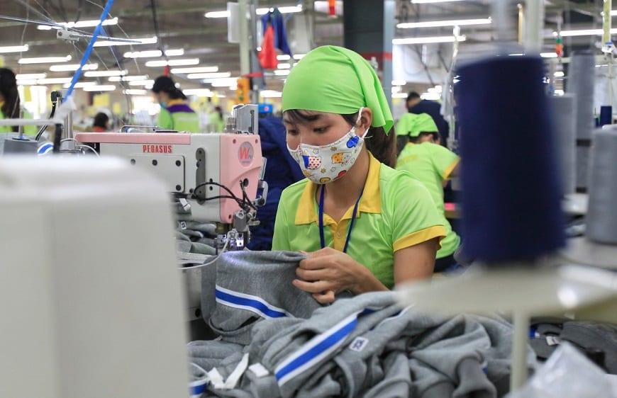 Βιετνάμ: Τα εργοστάσια κλείνουν όσο η πανδημία καλπάζει