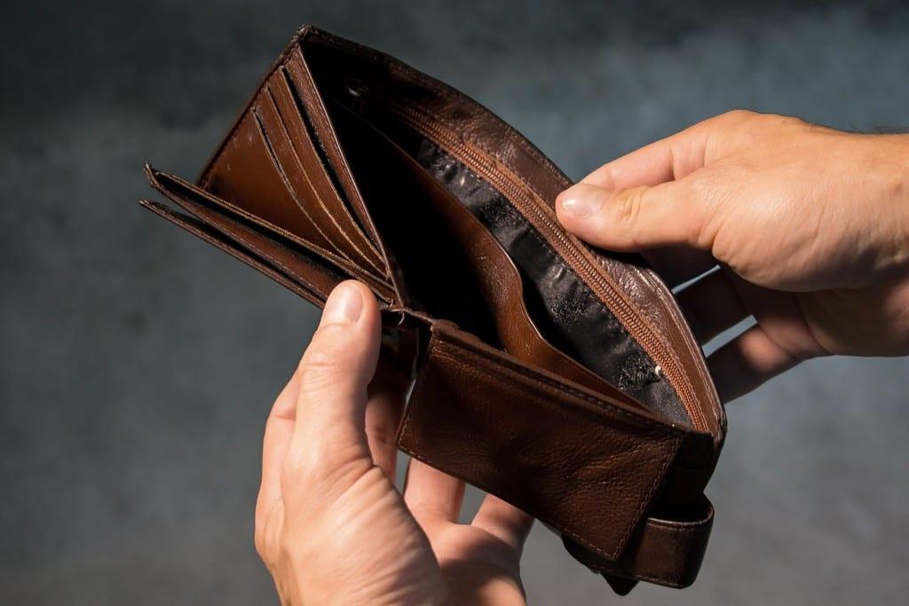 Το καλάθι της νοικοκυράς και το «ατομικό πορτοφόλι»
