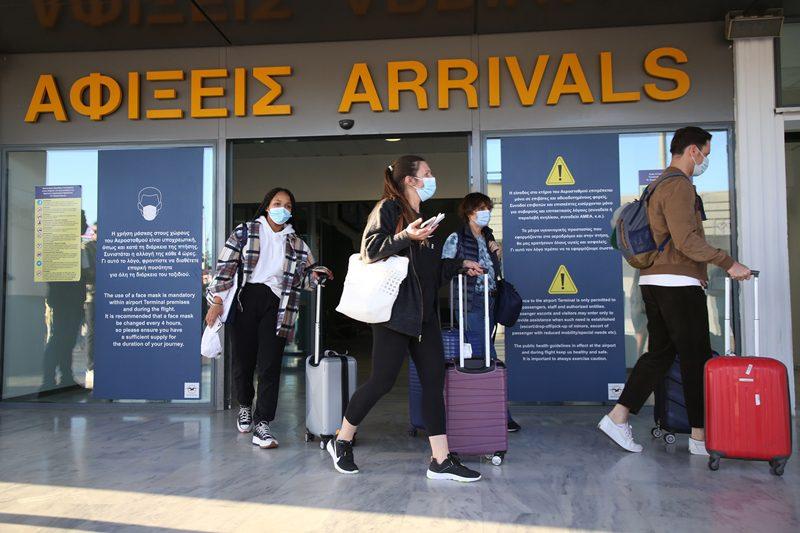 ΥΠΑ: Παρατείνονται ως τις 6 Σεπτεμβρίου οι περιορισμοί των πτήσεων από και προς τα νησιά