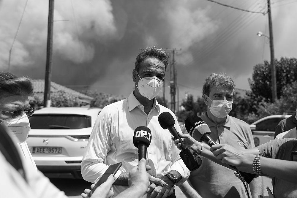 Ο Αντώναρος θέτει ζήτημα παραίτησης Μητσοτάκη και κατακεραυνώνει την κυβέρνηση: «Πολιτικά άκαπνοι, ανεπαρκείς και ανίκανοι»