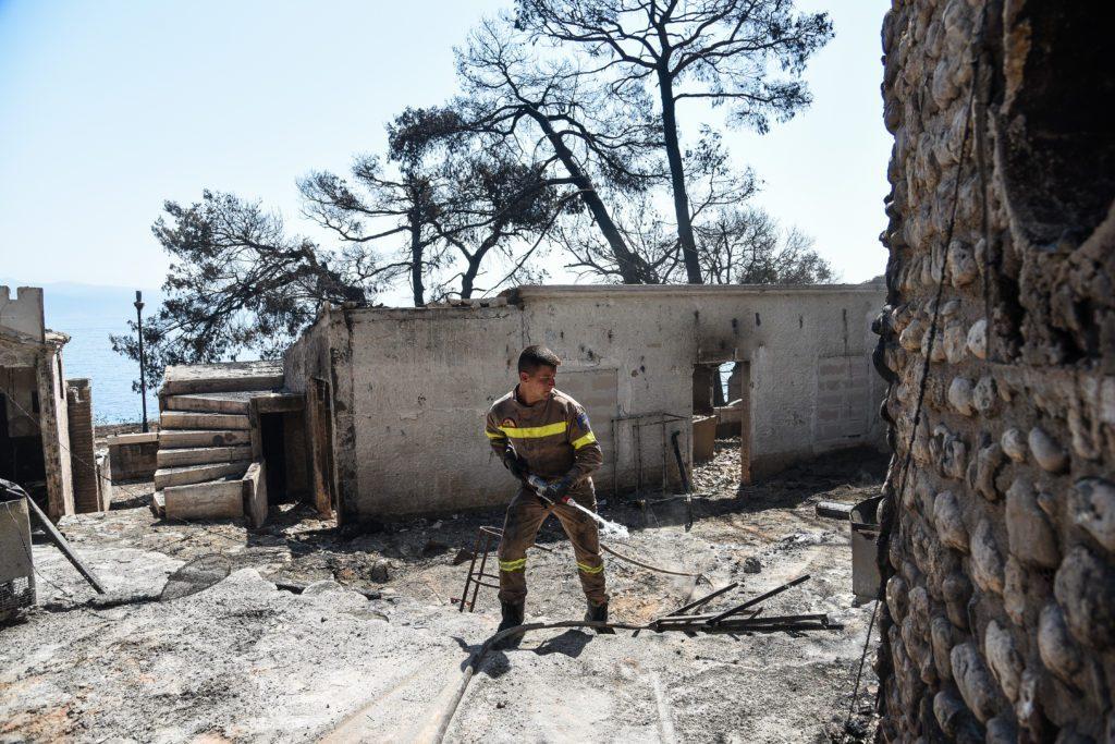Σπίρτζης για φωτιά Αιγιαλείας: Oλιγωρία του επιτελικού κράτους Μητσοτάκη και διάλυση του Πυροσβεστικού σώματος